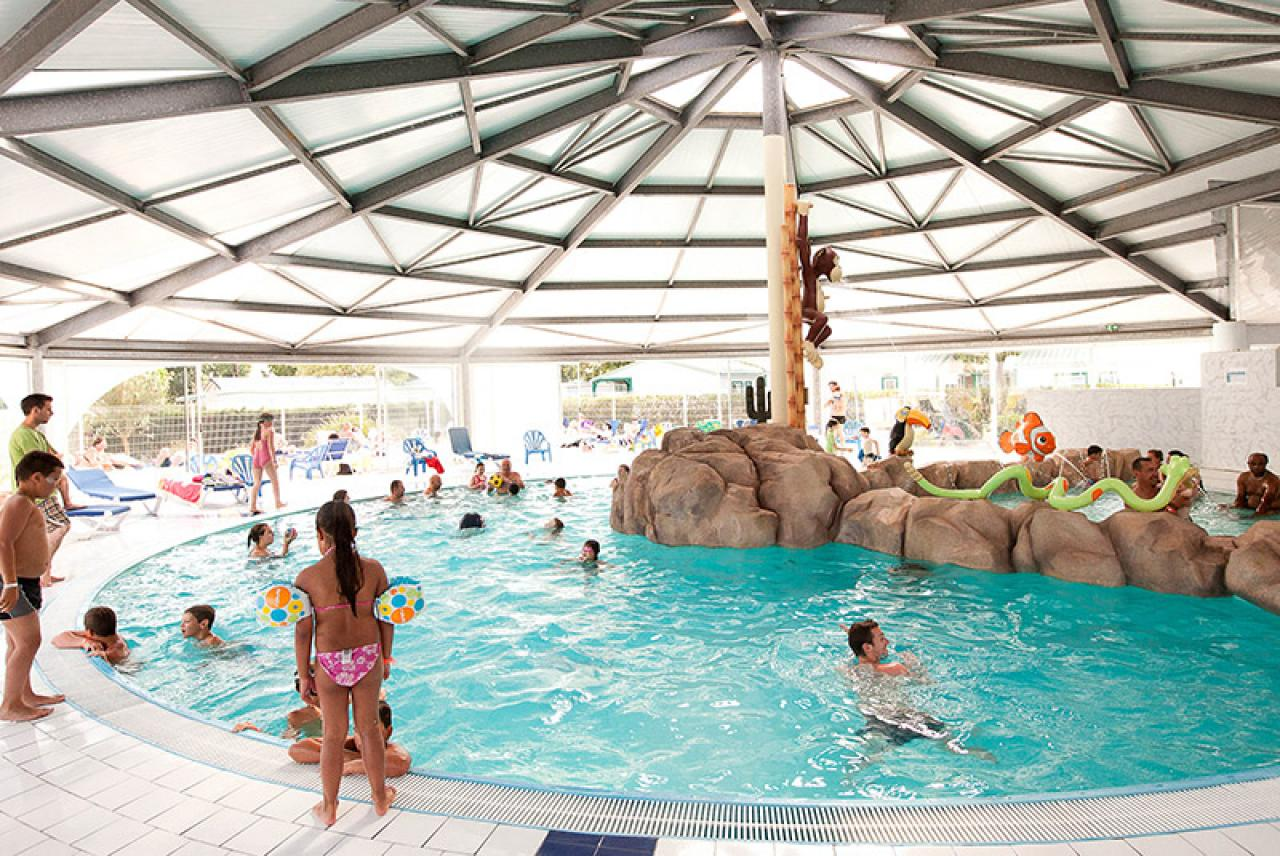 Superior The Bel Air Campsite, Located About 1h10 From Puy Du Fou (106 Km) Offers  Spacious Mobile Homes For Up To 8 People, Just 1.8 Km From The Beach.  Youu0027ll Find A ...