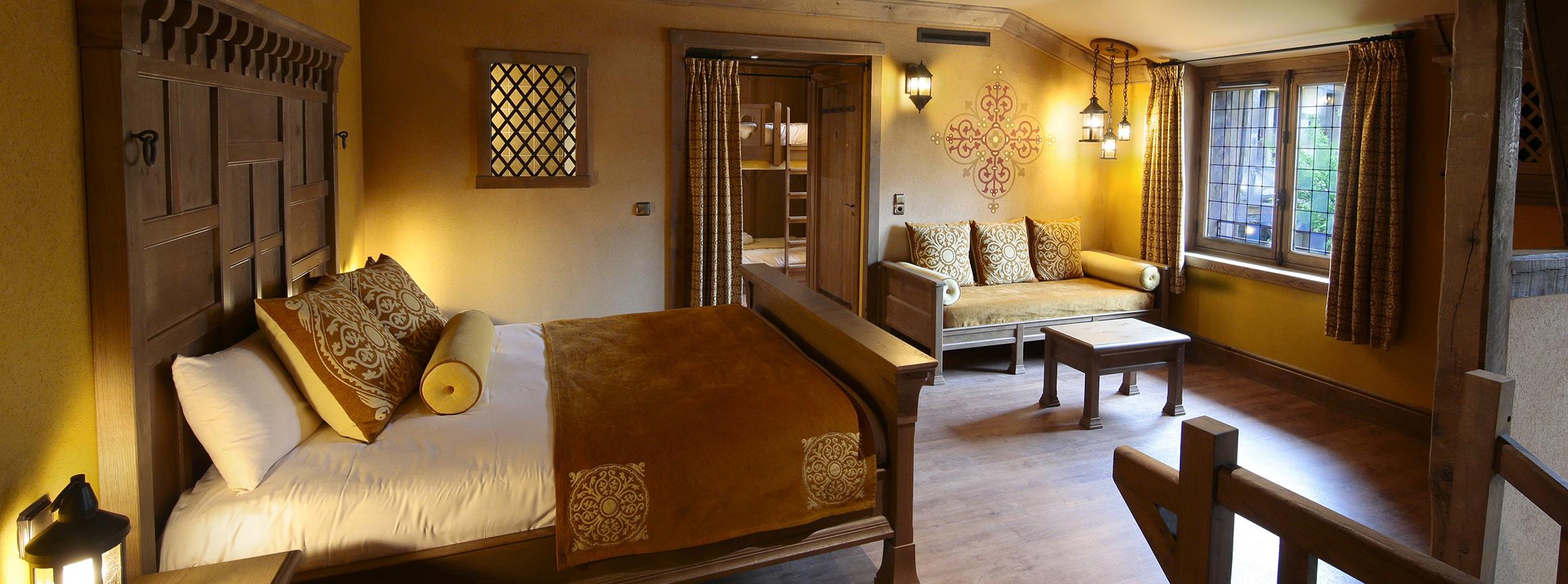 la citadelle h tel puy du fou. Black Bedroom Furniture Sets. Home Design Ideas